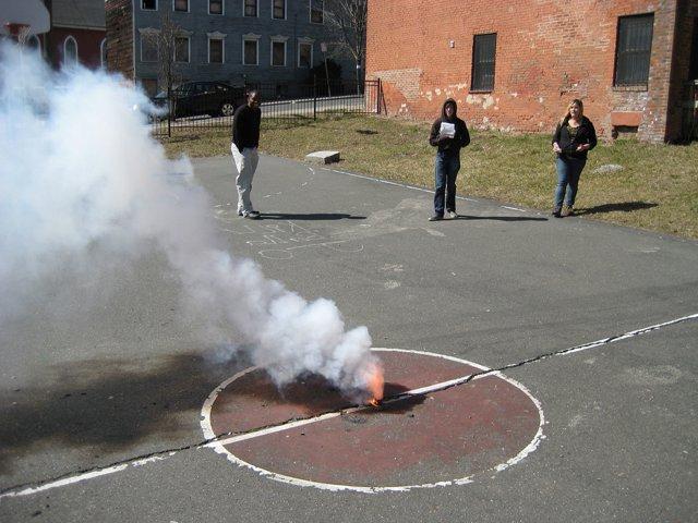 как сделать дымовуху из селитры