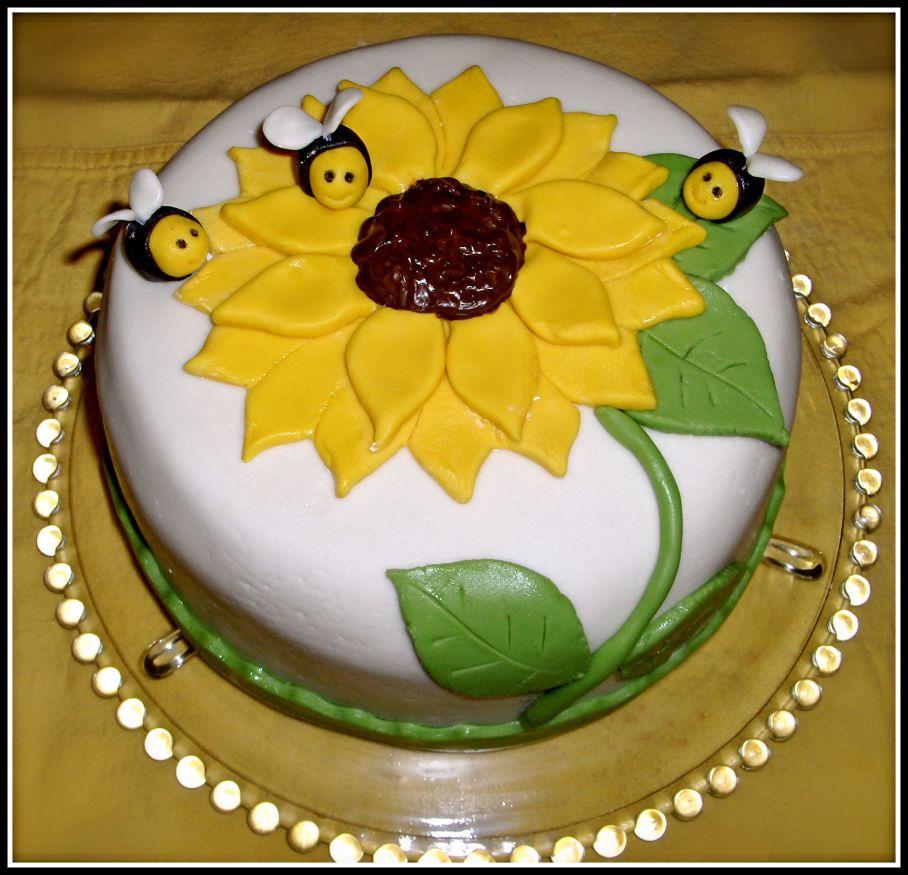 часть простое украшение торта мастикой фото девушки неохотно