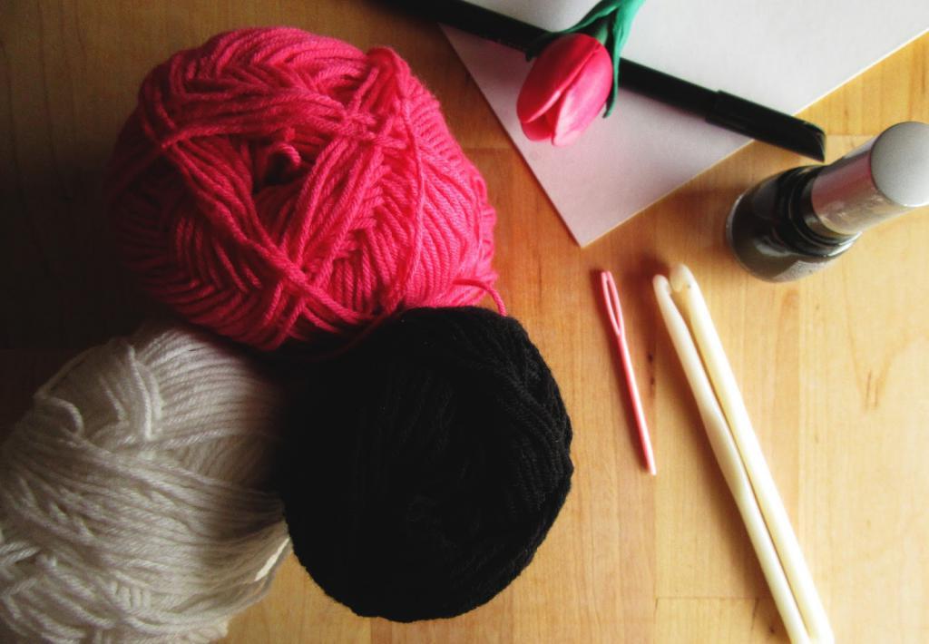 нитки для вязания косметичек