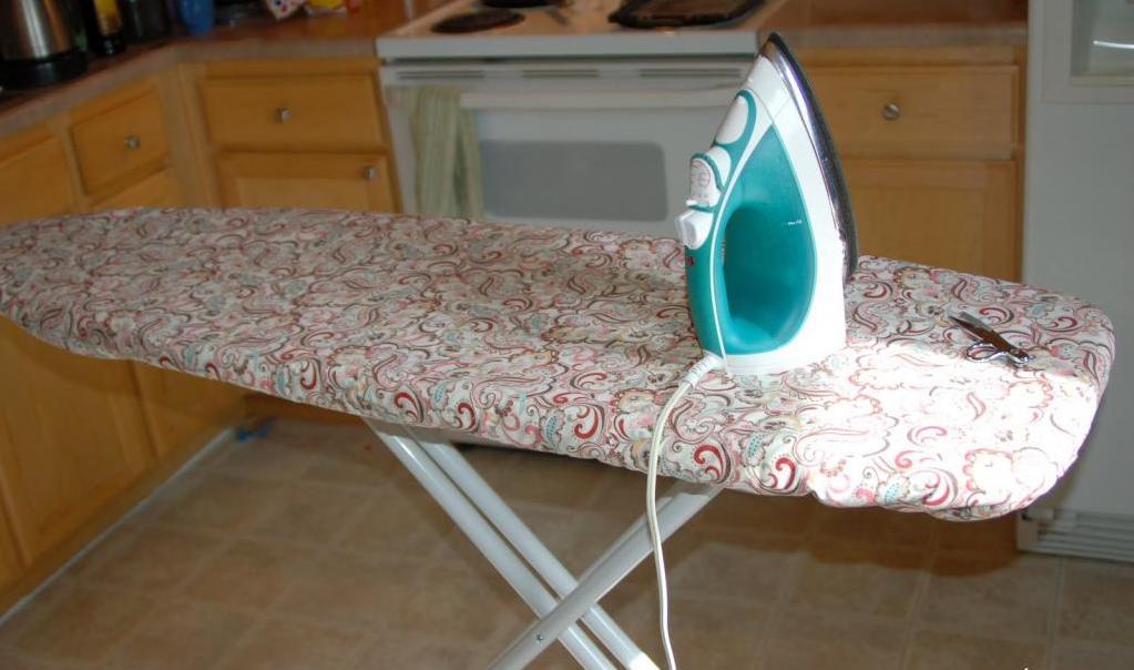 Как сшить чехол на гладильную доску на резинке