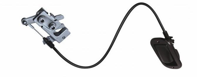 Установка электромеханического замка капота