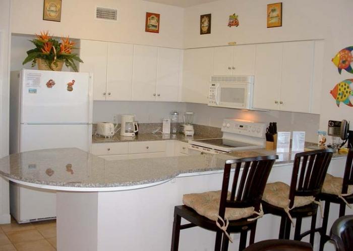 кухонные гарнитуры угловые для маленькой кухни