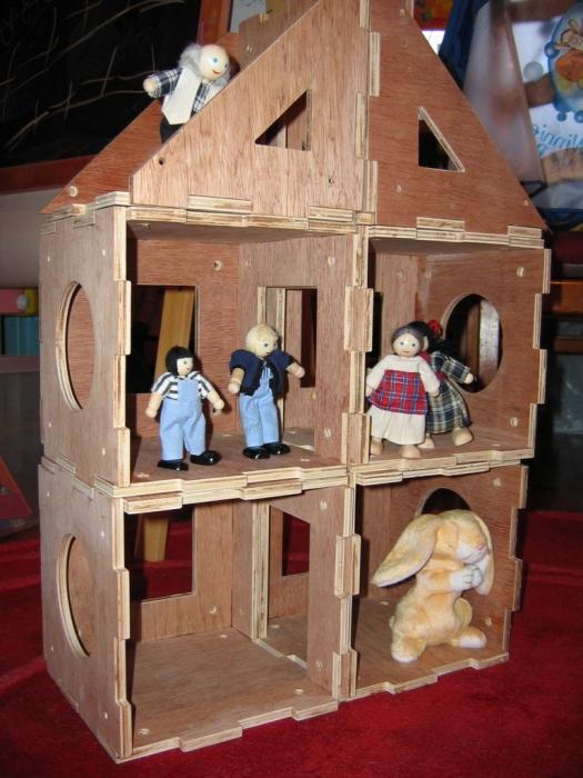 Как сделать из 2 коробок дом для кукол