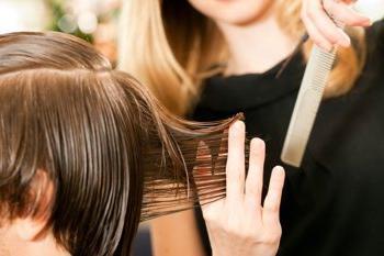 в какие дни марта стричь волосы