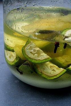 настойка из зеленого грецкого ореха на водке