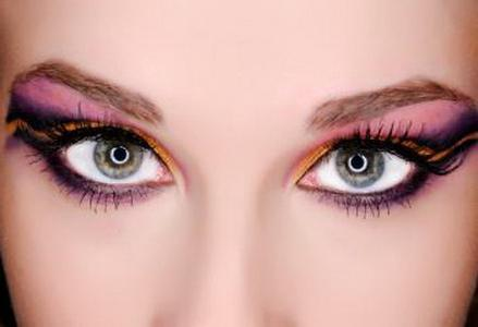 Школа красоты: серо-голубые глаза и правила их макияжа