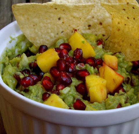 блюдо из авокадо Гуакамоле