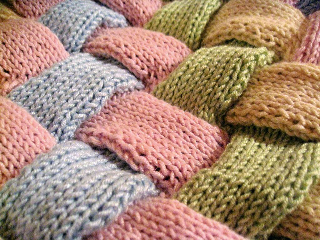 Вязаное полотно: вид и качество материала, структура, назначение и применение