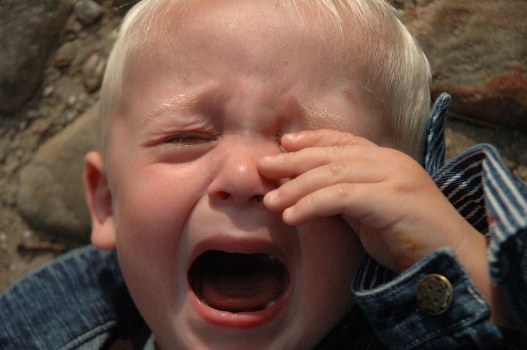 Смешные картинки дети плачут