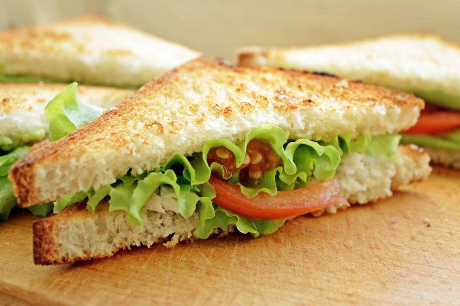 картинка бутерброд с листьями салата новость артистка