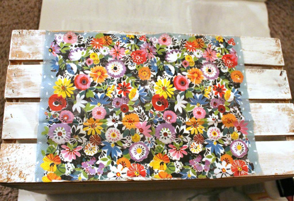 Decoupage flower box