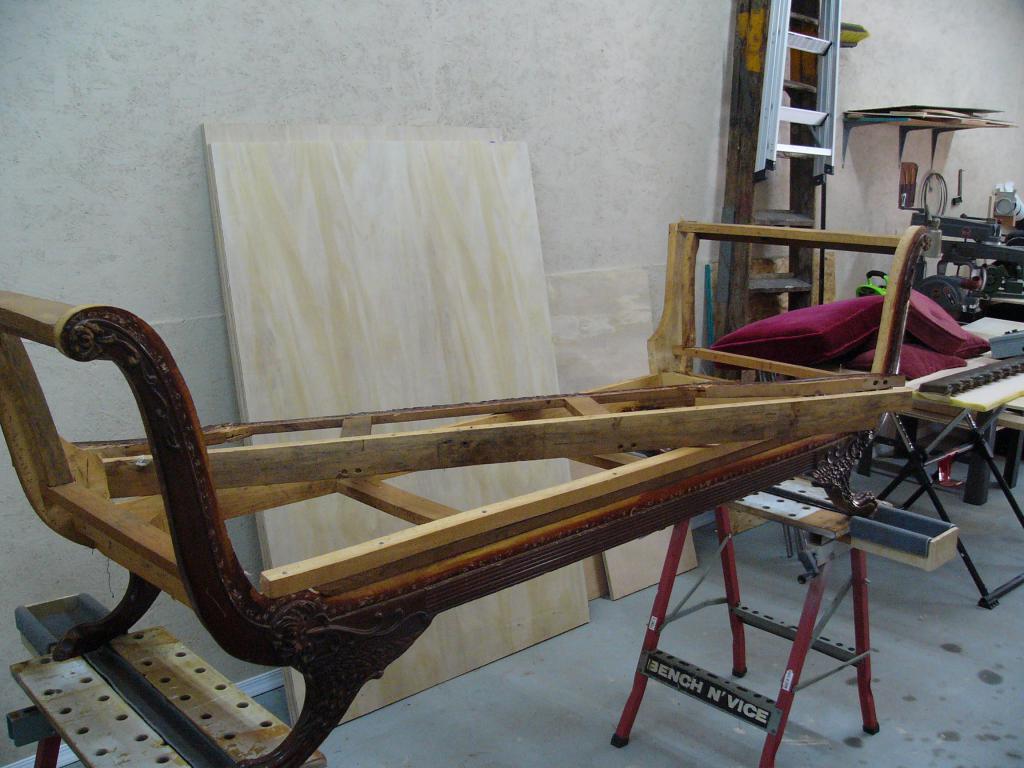 Restoration of a sofa frame