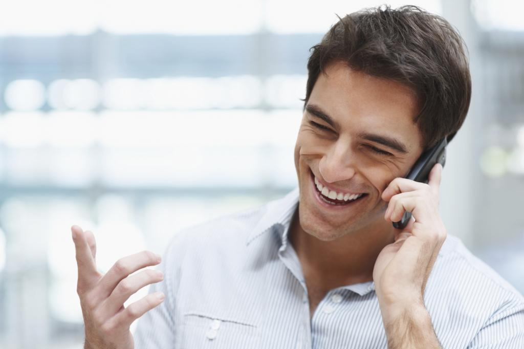 картинки звонящих по телефону несомненные достоинства