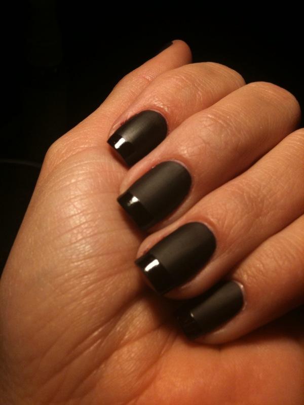 Черный матовый лак для ногтей: идеи маникюра