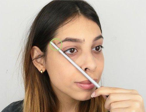 Как самостоятельно оформить брови: пошаговая инструкция с фото, советы