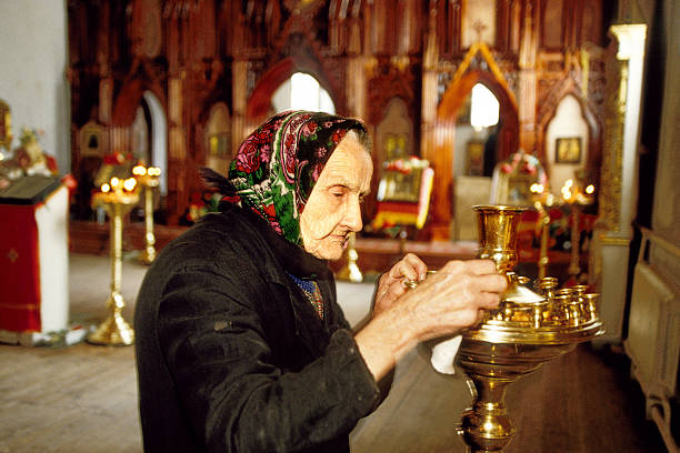 Old woman in the temple