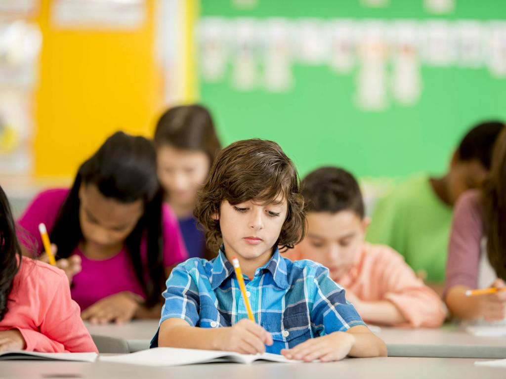 Дети пишут