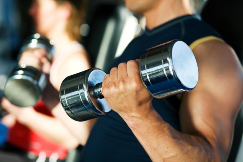 Занятия в спортзале как причина подкожных кровоизлияний