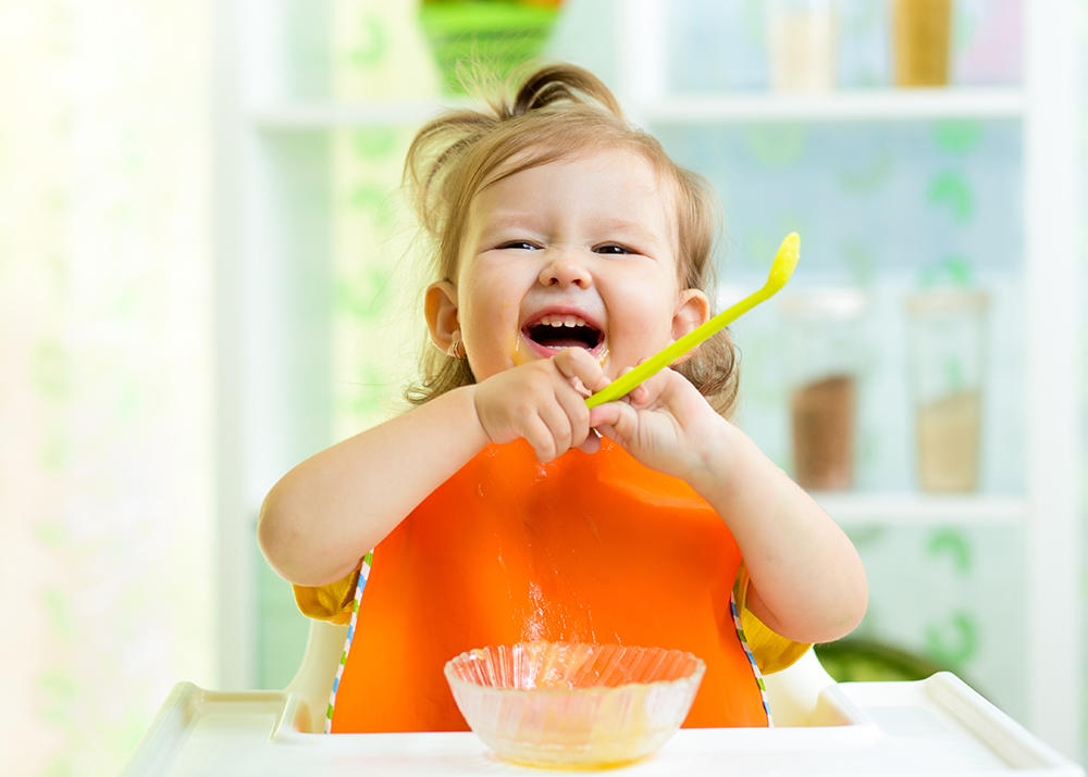 Картинка с детьми дети кушают