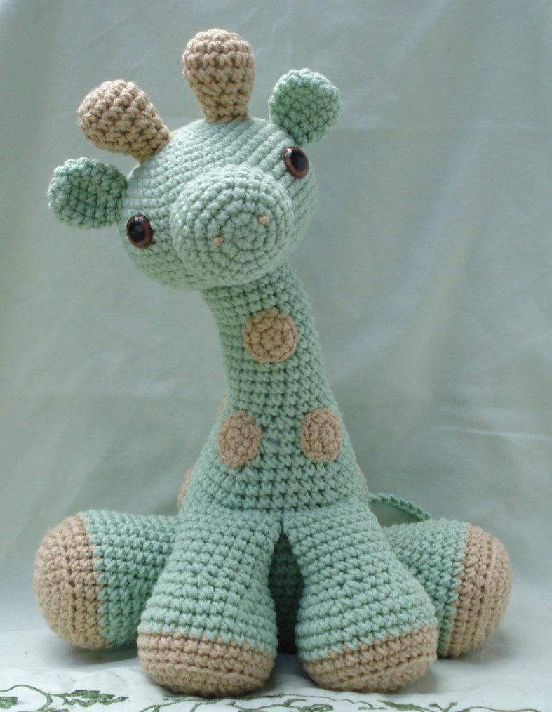 Вязание для малышей: особенности, выбор пряжи, вязаные игрушки