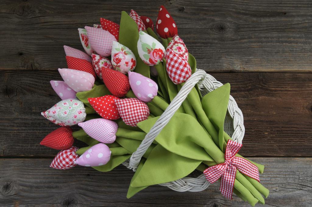 Картинки тюльпанов из ткани