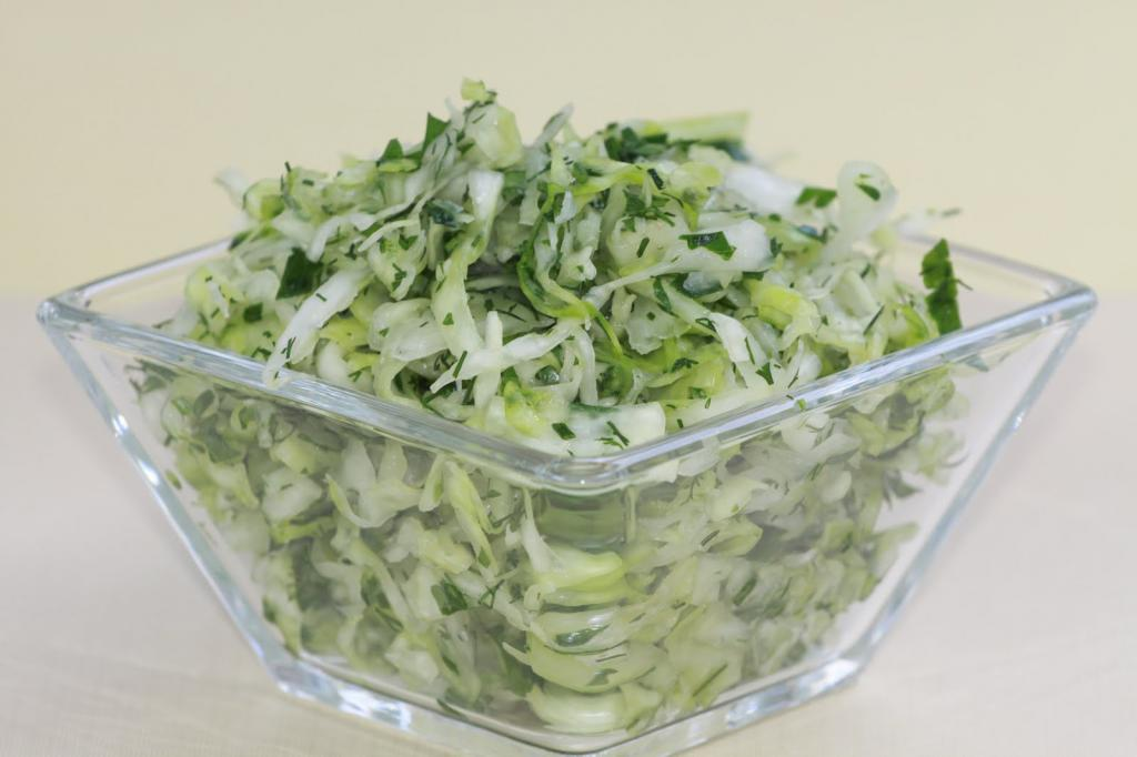 To a salad with cucumbers