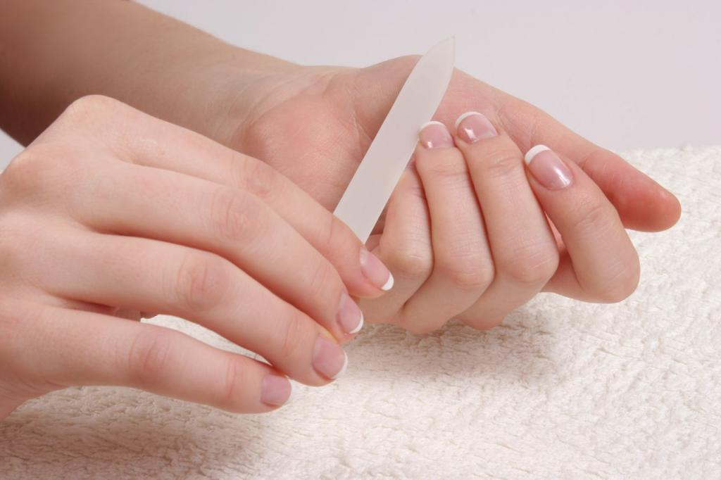 Как удлинить ногтевое ложе: действующие способы, особенности роста и строения ногтей, регулярность процедур по уходу за ногтями дома и в салоне