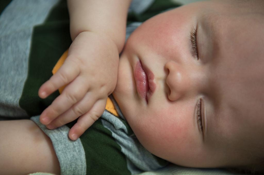 нервные тики у ребенка