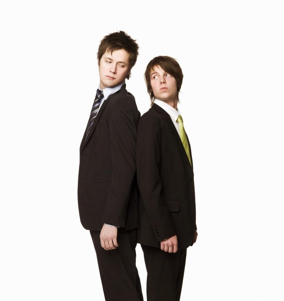 2 парня
