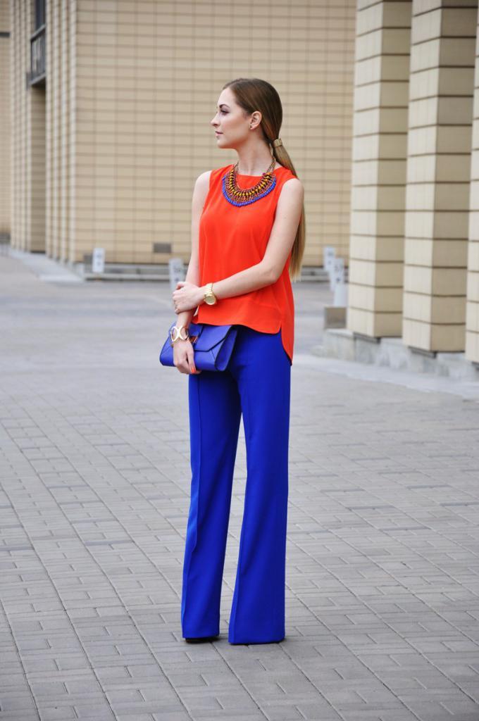 Рыжий с синим