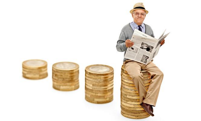 Входит ли больничный в стаж работы для льготной пенсии?