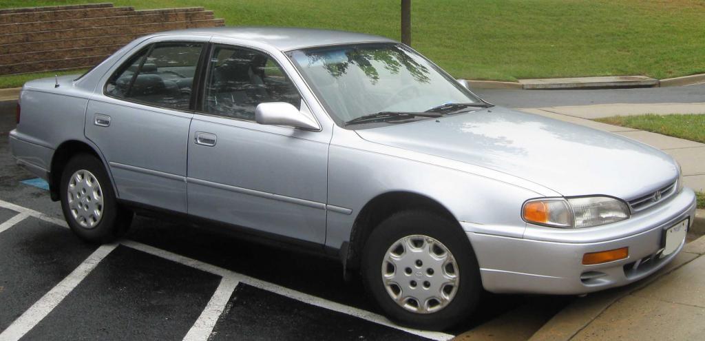 Японский автомобиль - 1996 года выпуска