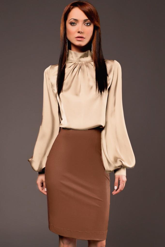 Коричневая кожаная юбка: с чем носить?
