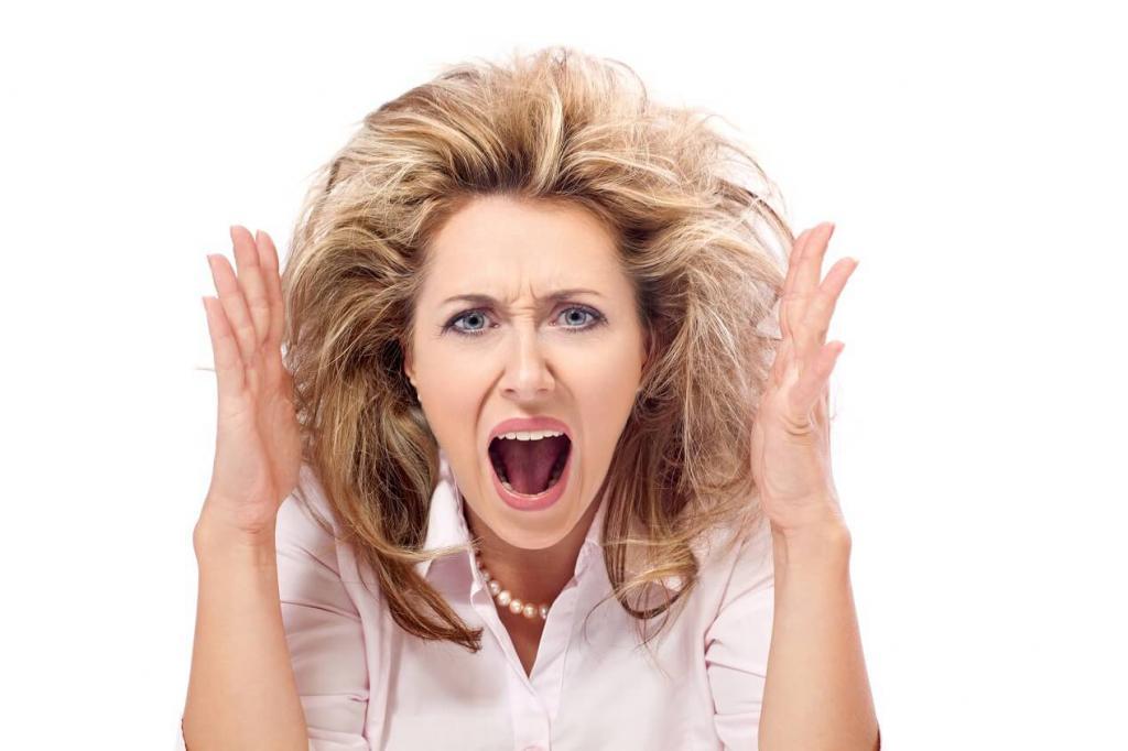 При климаксе женщина часто нервничает