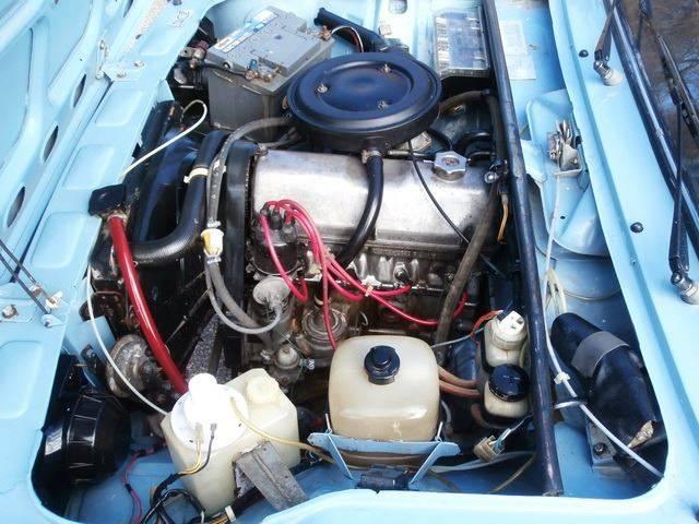 Двигатель 2105