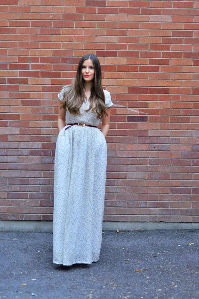 Романтичное макси-платье с карманами