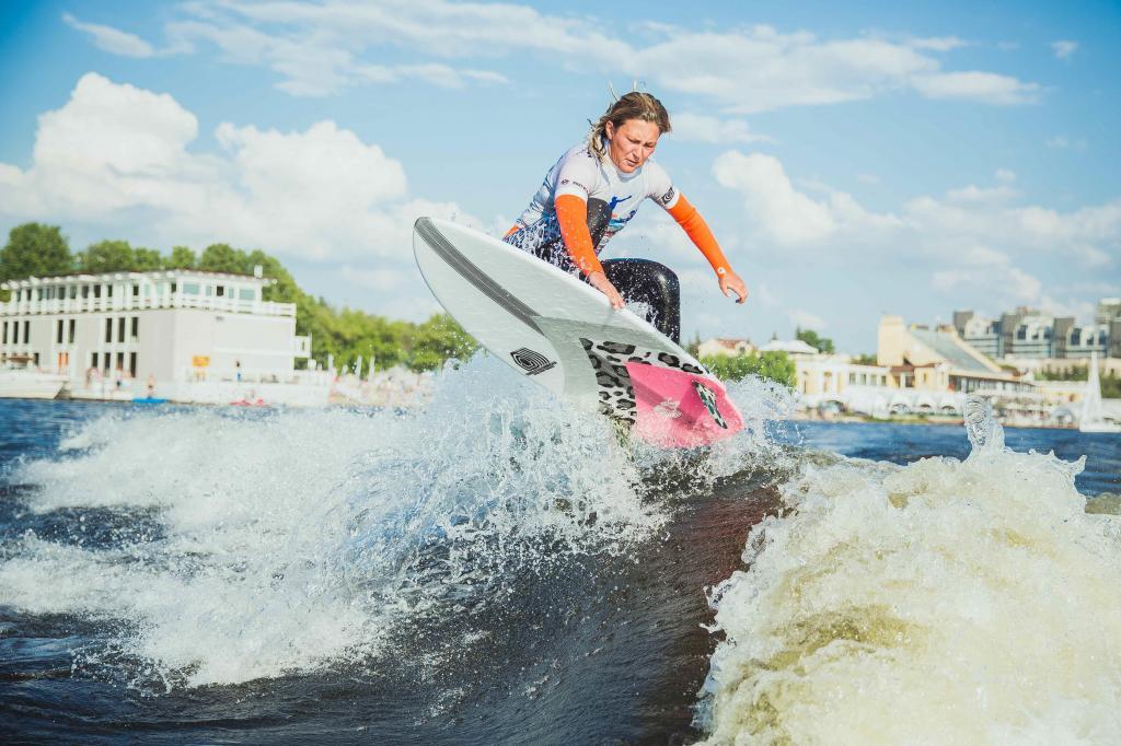 Серфинг в России: обзор, особенности и описание