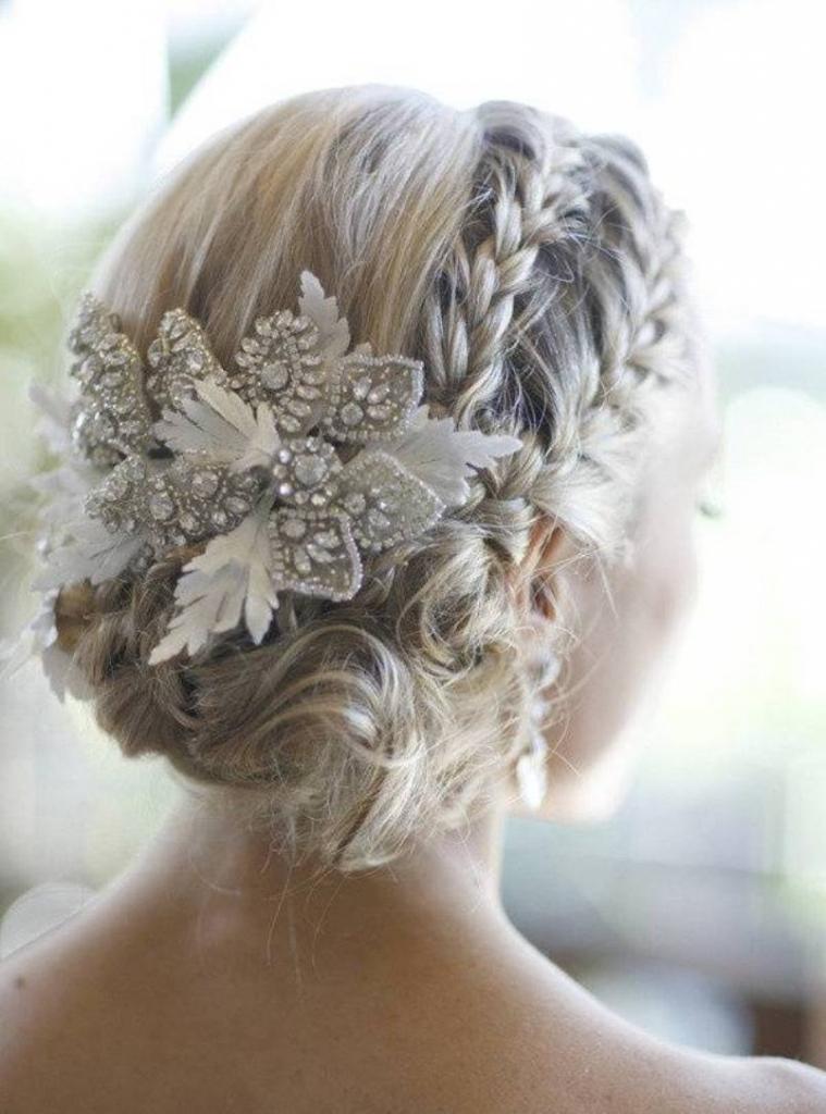 Свадебная прическа: пошаговое выполнение. Прическа невесты