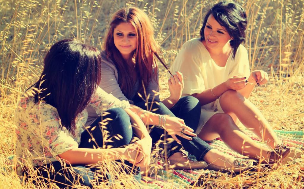 Как помирить друзей: простые способы, полезные советы