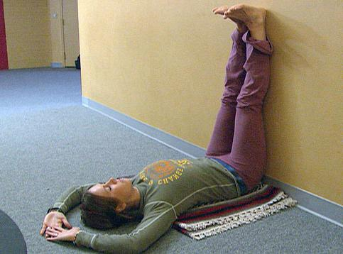 Варикозное расширение вен на ногах симптомы и лечение в домашних
