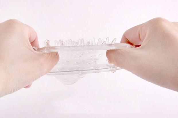 как пользоваться многоразовым презервативом