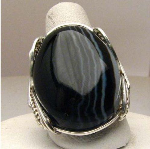 Черный оникс камень свойства кому подходит