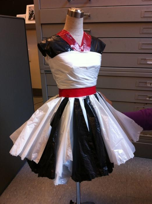 Платье из пакетов своими руками для детей пошагово с фото 83