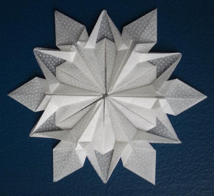 новогодние снежинки оригами