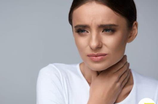 боль в горле при глотании с температурой