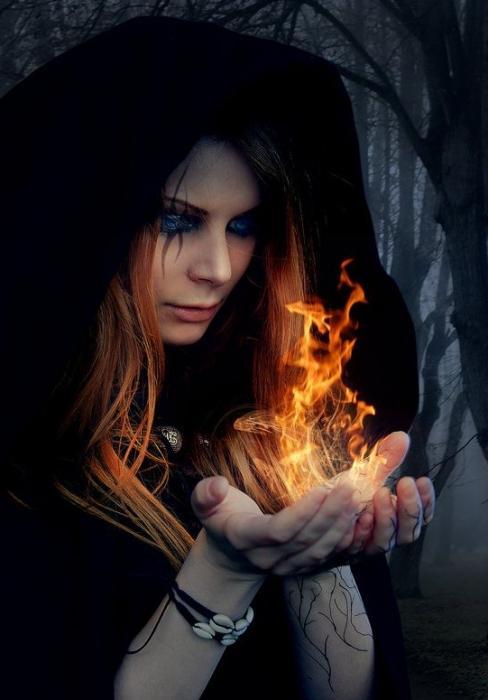 Как распознать ведьму в современном мире - FB.ru