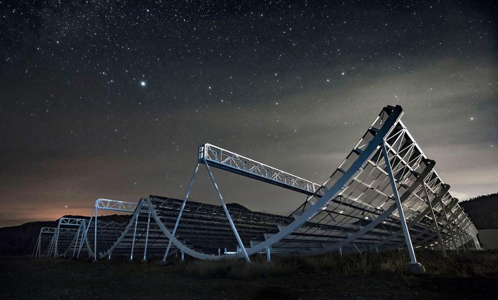 Радиотелескоп, изучающий космос