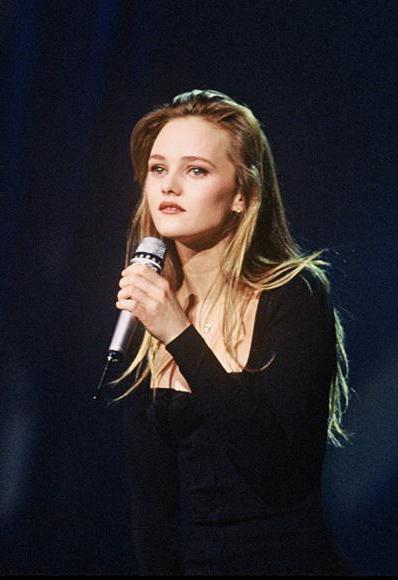 Звезда французской эстрады Ванесса Паради в молодости и сейчас ванесса паради песни