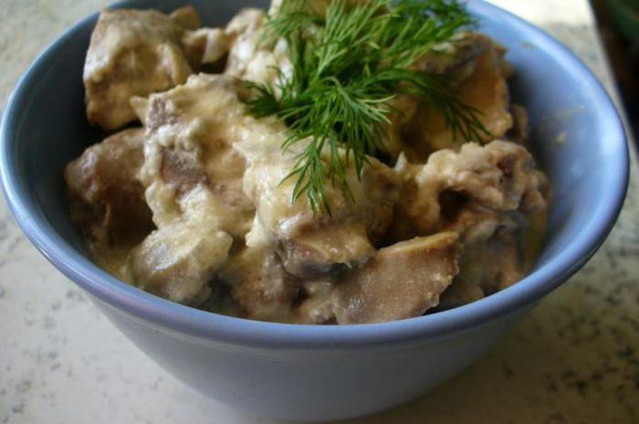 Желудки куриные жареные с луком в сметане рецепт с фото