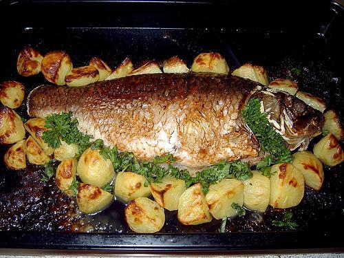 Карась с картошкой в мультиварке рецепты с фото